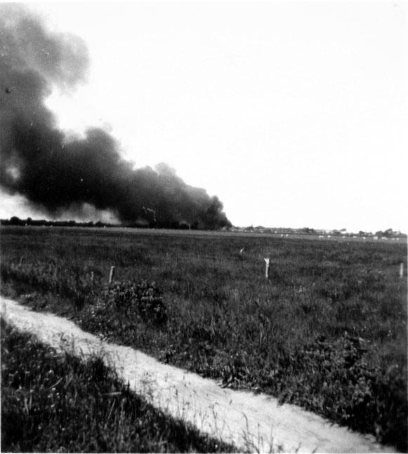 Mawag brennend, 1944
